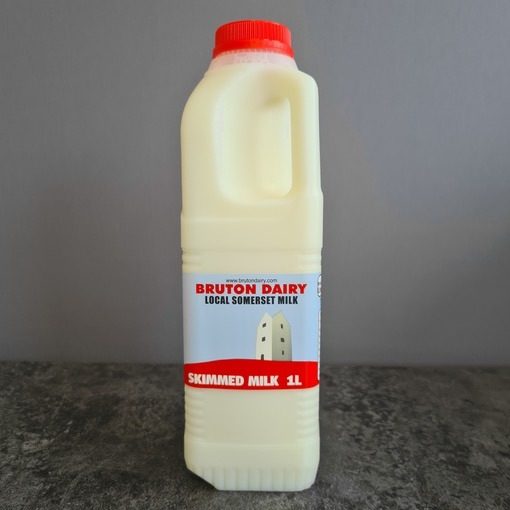 6 Non Organic Skimmed Milk
