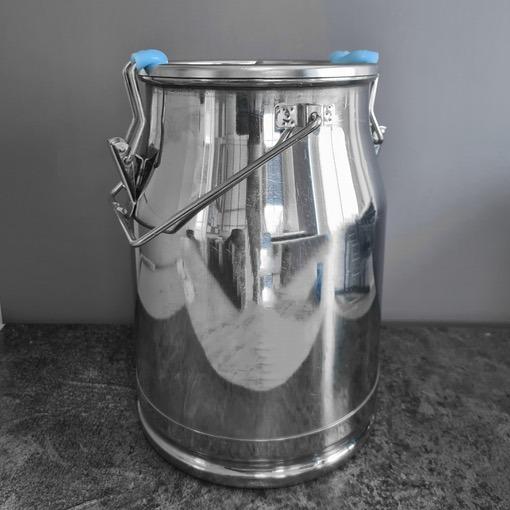 8 10 Litre Stainless Steel Milk Churn